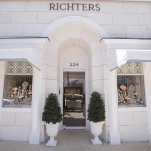 Richters-400x400-300x300